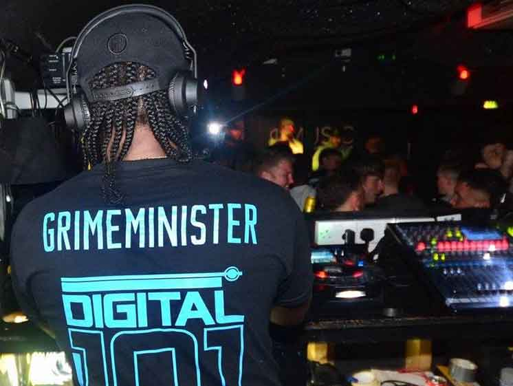 Photo of DJ Grimeminister at work
